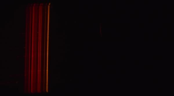 Спектр газоразрядной индикаторной лампы из обычного сетевого удлинителя.